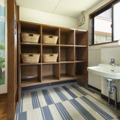 Отель Yamanakako Ryokan RYOZAN Яманакако ванная фото 2