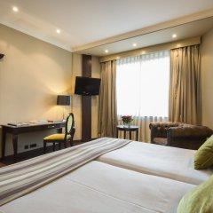 Отель Ayre Hotel Astoria Palace Испания, Валенсия - 1 отзыв об отеле, цены и фото номеров - забронировать отель Ayre Hotel Astoria Palace онлайн сейф в номере