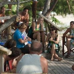 Отель Barefoot Manta Island развлечения