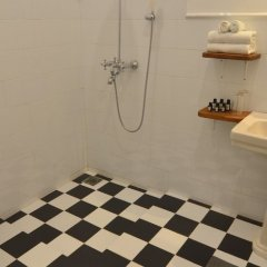 Отель Villa Samudrawasa Шри-Ланка, Галле - отзывы, цены и фото номеров - забронировать отель Villa Samudrawasa онлайн ванная