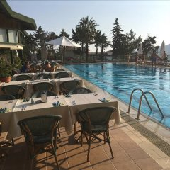 Happy Hotel Kalkan Турция, Калкан - отзывы, цены и фото номеров - забронировать отель Happy Hotel Kalkan онлайн бассейн фото 2