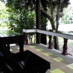 Отель Lanta Sunny House Ланта балкон