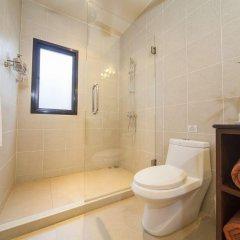 Отель Villa Ploi Attitaya ванная фото 2