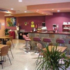 Отель Athene Neos Испания, Льорет-де-Мар - 1 отзыв об отеле, цены и фото номеров - забронировать отель Athene Neos онлайн гостиничный бар