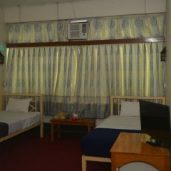 Отель Smile Motel Мьянма, Пром - отзывы, цены и фото номеров - забронировать отель Smile Motel онлайн сейф в номере