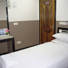Отель Ashaz Inn комната для гостей фото 3