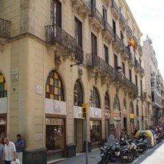 Отель Hostal MiMi Las Ramblas фото 8