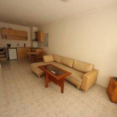 Апартаменты Menada Sunny Day 1 Apartments Солнечный берег комната для гостей фото 2