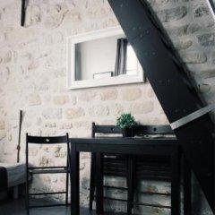 Отель Rambuteau Apartments Франция, Париж - отзывы, цены и фото номеров - забронировать отель Rambuteau Apartments онлайн балкон