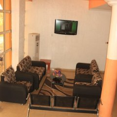 Отель Esre Blues Hotel Нигерия, Калабар - отзывы, цены и фото номеров - забронировать отель Esre Blues Hotel онлайн интерьер отеля фото 2