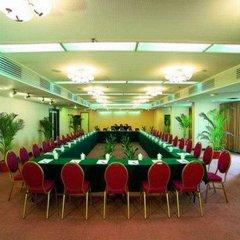 Отель Zhujiang Overseas
