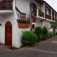 Отель Vista Rooms Galle Fort парковка