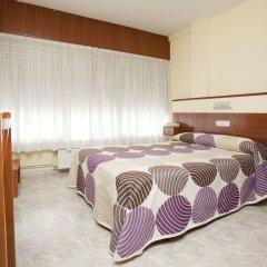 Отель Hostal Roma Испания, Ла-Корунья - отзывы, цены и фото номеров - забронировать отель Hostal Roma онлайн комната для гостей