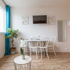 Апартаменты Apartment WS Champs Elysées Ponthieu в номере