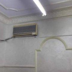 Отель Al Adel Hostel Иордания, Амман - отзывы, цены и фото номеров - забронировать отель Al Adel Hostel онлайн ванная