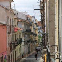Grapes & Bites - Hostel And Wines Лиссабон балкон