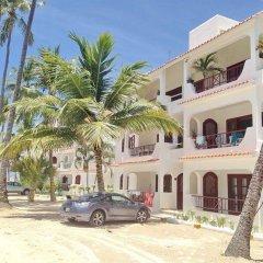 Отель Los Corales Villas Ocean Front Доминикана, Пунта Кана - отзывы, цены и фото номеров - забронировать отель Los Corales Villas Ocean Front онлайн парковка