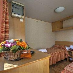 Отель Flaminio Village Bungalow Park Италия, Рим - 3 отзыва об отеле, цены и фото номеров - забронировать отель Flaminio Village Bungalow Park онлайн спа фото 2