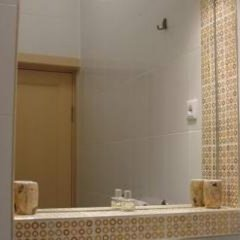 Апартаменты Elegy On Nevskiy Apartments Санкт-Петербург ванная