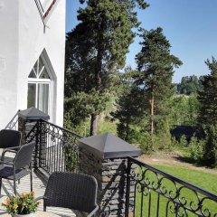 Отель Albert's Manor балкон