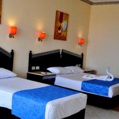 Отель King Tut Aqua Park Beach Resort - All Inclusive сейф в номере