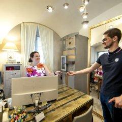 Отель The Nicholas Hotel Residence Чехия, Прага - отзывы, цены и фото номеров - забронировать отель The Nicholas Hotel Residence онлайн интерьер отеля фото 3