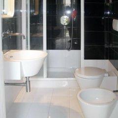 Отель B&B Glicine Чивитанова-Марке ванная фото 2