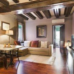 Отель Stay U nique Ciutat Vella Барселона комната для гостей