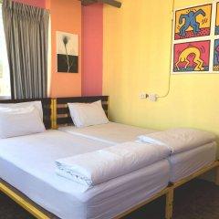 Saphaipae Hostel Бангкок комната для гостей фото 2