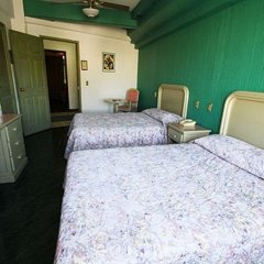 Hotel Nueva Galicia сейф в номере