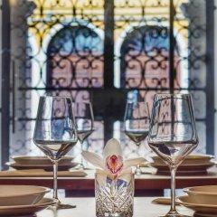 Отель Axel Venezia Венеция гостиничный бар