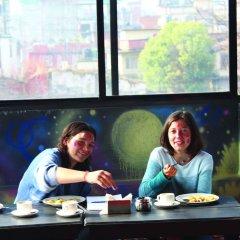 Отель Rest Up Kathmandu Hostel Непал, Катманду - отзывы, цены и фото номеров - забронировать отель Rest Up Kathmandu Hostel онлайн интерьер отеля фото 2