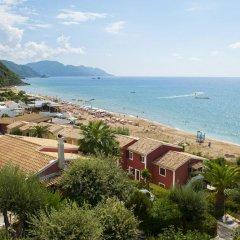 Отель Corfu Glyfada Menigos Resort пляж фото 4