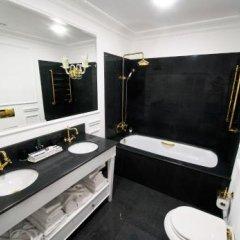 Гостиница Boutique hotel Romanoff в Краснодаре отзывы, цены и фото номеров - забронировать гостиницу Boutique hotel Romanoff онлайн Краснодар ванная