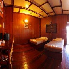 Отель Dragon Inn Floating Resort комната для гостей фото 3