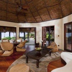 Отель Laucala Island интерьер отеля