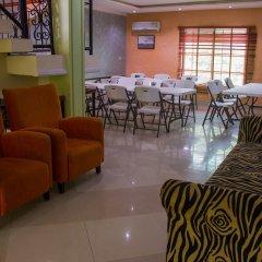 Отель Chaka Resort & Extension питание