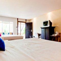 Отель C&N Kho Khao Beach Resort удобства в номере