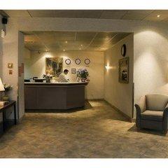 Отель La Tour Centre-Ville Канада, Монреаль - отзывы, цены и фото номеров - забронировать отель La Tour Centre-Ville онлайн интерьер отеля