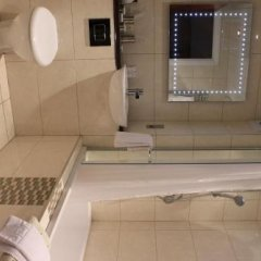 Отель Crooklands Hotel Великобритания, Мильнторп - отзывы, цены и фото номеров - забронировать отель Crooklands Hotel онлайн ванная фото 2