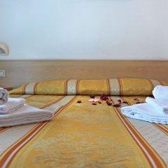 Отель New Primula Римини в номере фото 2