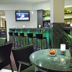 Lindner Hotel Airport гостиничный бар