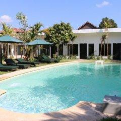 Antique Palm Hotel бассейн