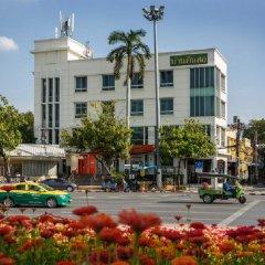 Отель Baan Dinso @ Ratchadamnoen Бангкок городской автобус