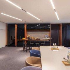 Отель Andaz Munich Schwabinger Tor - a concept by Hyatt комната для гостей