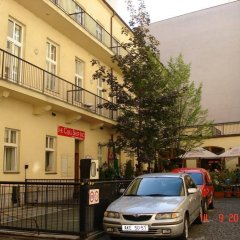 Отель LENKA Чехия, Прага - отзывы, цены и фото номеров - забронировать отель LENKA онлайн городской автобус