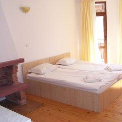 Апартаменты Four Leaf Clover Apartments комната для гостей фото 2