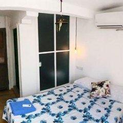 Отель Sayeban Pansiyon Чешме комната для гостей