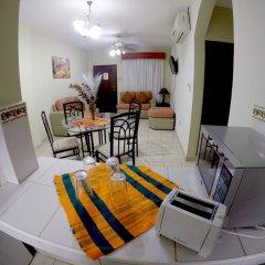 Отель Travel Suites комната для гостей