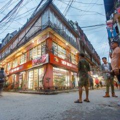 Отель Ambassador Garden Home Непал, Катманду - отзывы, цены и фото номеров - забронировать отель Ambassador Garden Home онлайн спортивное сооружение